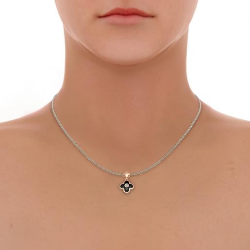 The Carisha Pendant